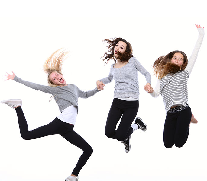 photography-studio/photo-studio-introduction/home-jump.jpg